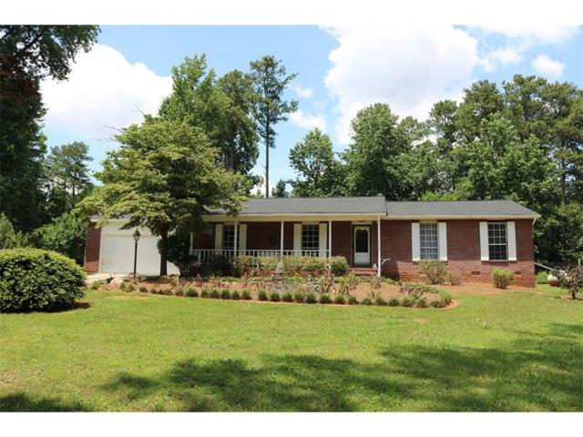 860 Regency Court, Lawrenceville, GA 30044 (MLS #5863897) :: North Atlanta Home Team