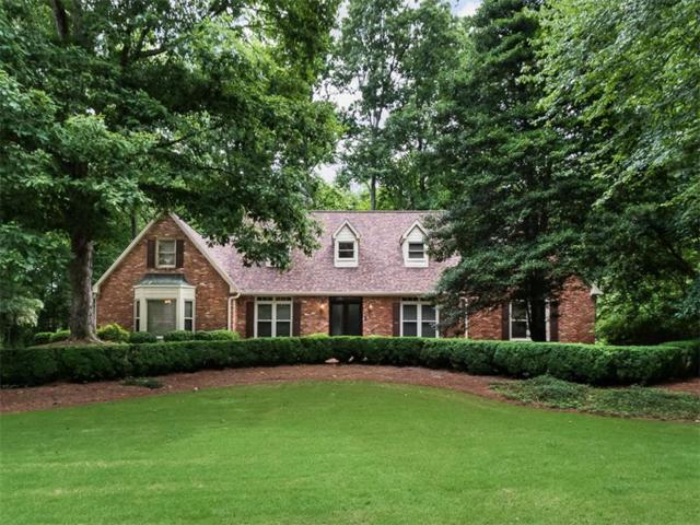 130 Waverly Hall Close, Roswell, GA 30075 (MLS #5867522) :: Dillard and Company Realty Group