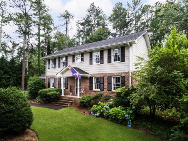 450 Page Place, Roswell, GA 30076 (MLS #5868794) :: RE/MAX Paramount Properties