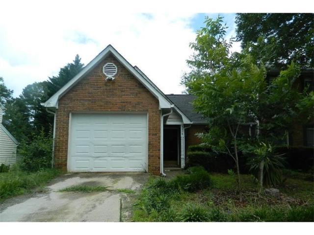 8016 Woodlake Drive, Riverdale, GA 30274 (MLS #5869064) :: North Atlanta Home Team