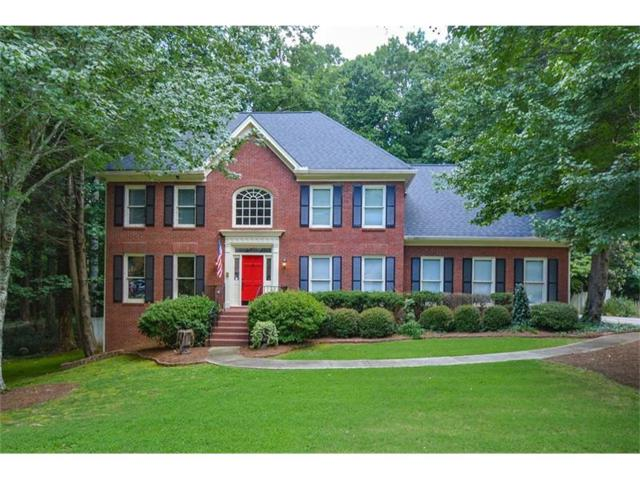 1706 Crowes Lake Court, Lawrenceville, GA 30043 (MLS #5877764) :: North Atlanta Home Team