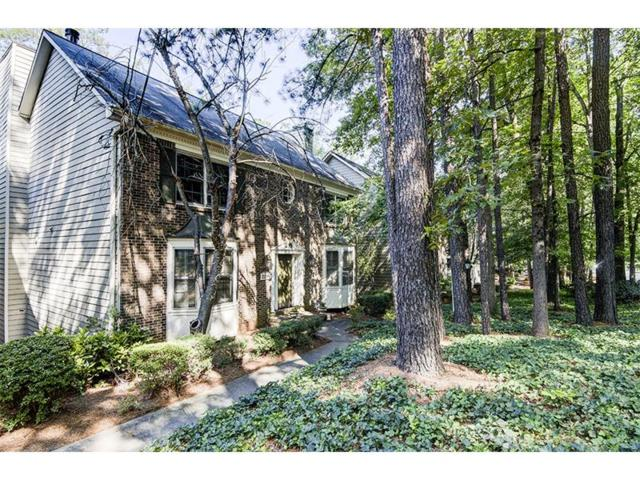 2288 Defoors Ferry Road NW, Atlanta, GA 30318 (MLS #5884459) :: Charlie Ballard Real Estate