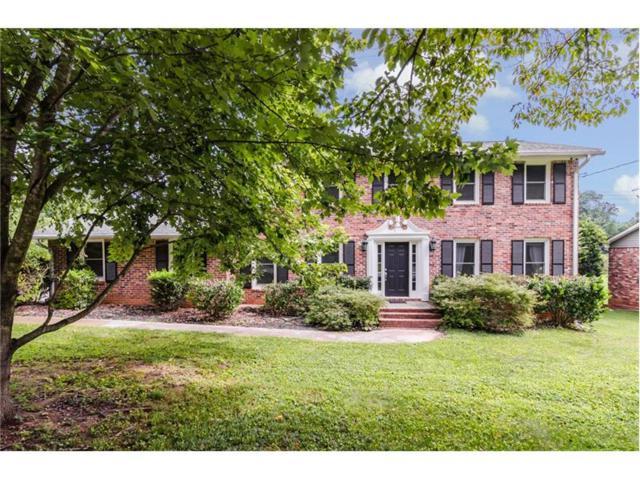 1451 Holly Bank Circle, Dunwoody, GA 30338 (MLS #5885224) :: North Atlanta Home Team