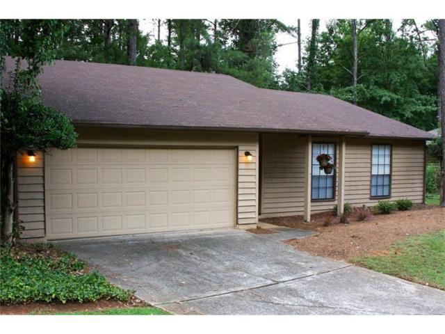 295 Parkmont Court, Roswell, GA 30076 (MLS #5886788) :: North Atlanta Home Team