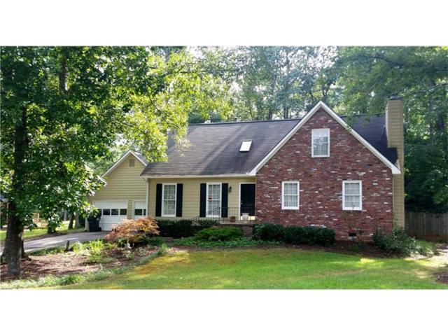 3675 N Garrards Crossing NE, Roswell, GA 30075 (MLS #5891994) :: North Atlanta Home Team