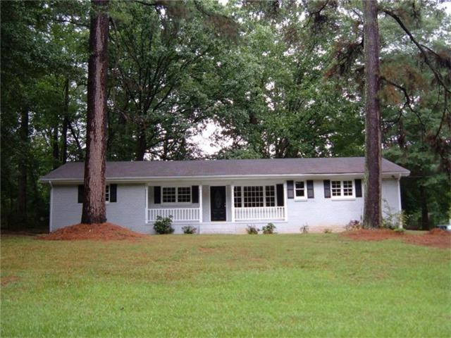 6225 S Gordon Road, Austell, GA 30168 (MLS #5895820) :: North Atlanta Home Team