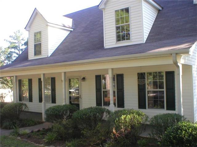 1009 Autumn Trace, Monroe, GA 30656 (MLS #5905377) :: North Atlanta Home Team