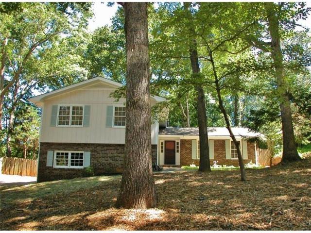 670 Robinhood Trail, Gainesville, GA 30501 (MLS #5908925) :: North Atlanta Home Team