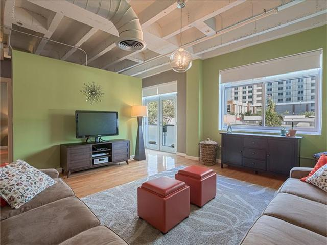 805 Peachtree Street NE #108, Atlanta, GA 30308 (MLS #5911246) :: Charlie Ballard Real Estate