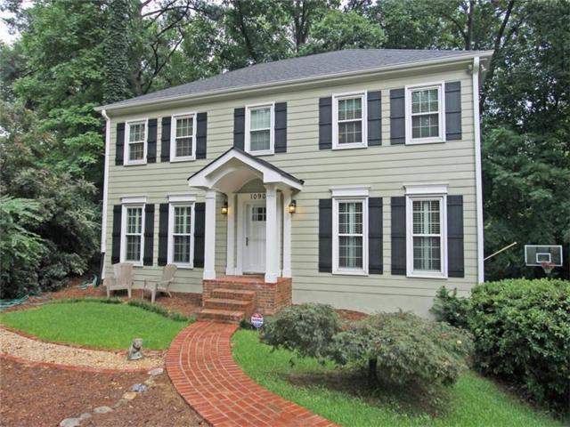 1090 Mitsy Forest Drive, Marietta, GA 30068 (MLS #5912801) :: North Atlanta Home Team