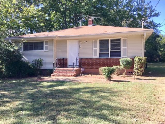 975 Oakdale Drive SE, Smyrna, GA 30080 (MLS #5914777) :: North Atlanta Home Team