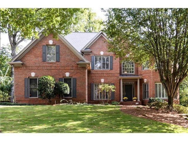 6025 Tangletree Drive, Roswell, GA 30075 (MLS #5915549) :: North Atlanta Home Team