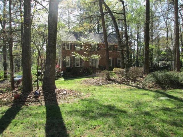 1677 Red Fox Run SW, Lilburn, GA 30047 (MLS #5917502) :: North Atlanta Home Team