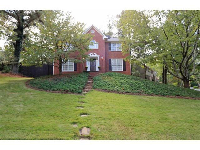 9129 Branch Valley Way, Roswell, GA 30076 (MLS #5921081) :: North Atlanta Home Team