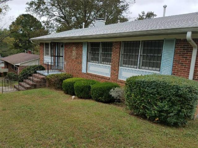 3981 Rutgers Drive SW, Atlanta, GA 30331 (MLS #5923629) :: Charlie Ballard Real Estate