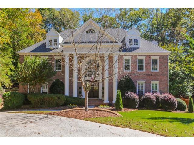 2875 Stoneglen Close, Roswell, GA 30076 (MLS #5931659) :: North Atlanta Home Team