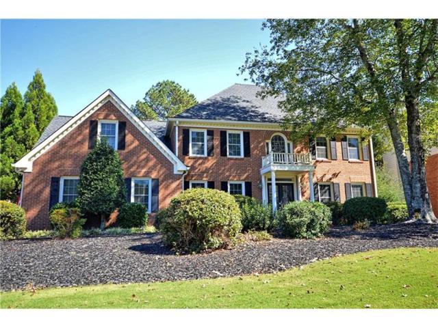 4810 Fernie Court NE, Marietta, GA 30068 (MLS #5935289) :: Charlie Ballard Real Estate