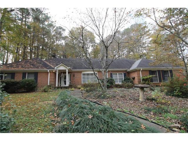 2381 Chimney Springs Drive, Marietta, GA 30062 (MLS #5935450) :: Charlie Ballard Real Estate