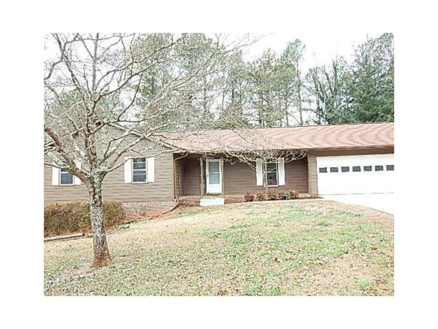 633 Steeple Chase Drive, Lawrenceville, GA 30044 (MLS #5941018) :: Carrington Real Estate Services