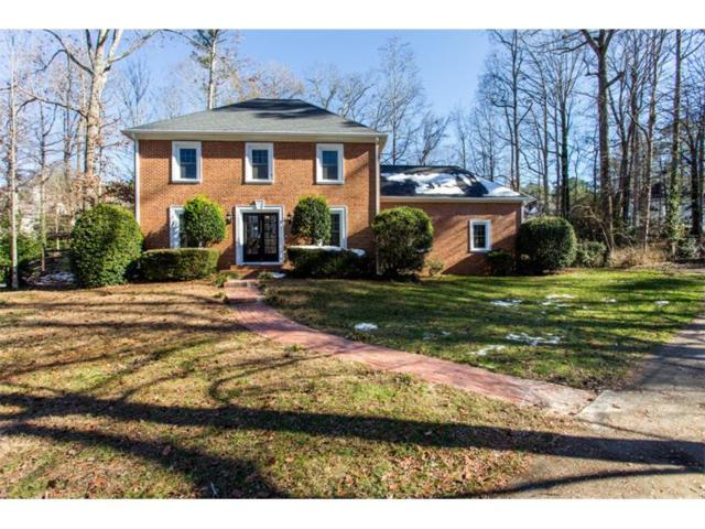 1564 E Bank Drive, Marietta, GA 30068 (MLS #5943238) :: Carrington Real Estate Services