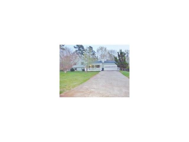 1499 Sir Knights Way, Lawrenceville, GA 30045 (MLS #5943287) :: The Hinsons - Mike Hinson & Harriet Hinson