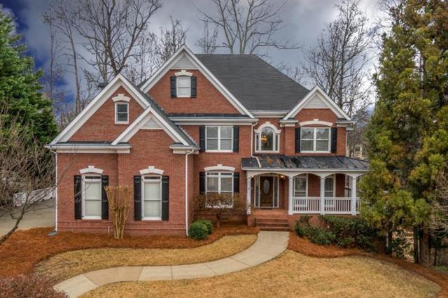 300 Falling Creek Bend, Johns Creek, GA 30097 (MLS #5950374) :: North Atlanta Home Team