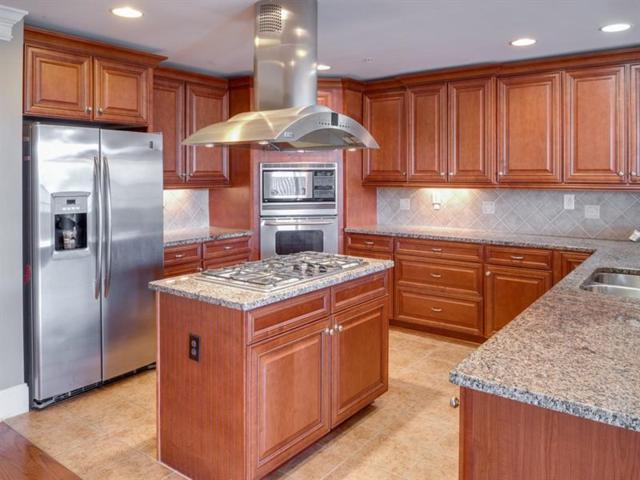 3210 Overland Drive #3210, Roswell, GA 30075 (MLS #5952184) :: North Atlanta Home Team