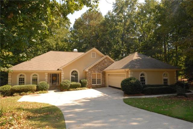 555 Terrace Oaks Drive, Roswell, GA 30075 (MLS #5953498) :: North Atlanta Home Team