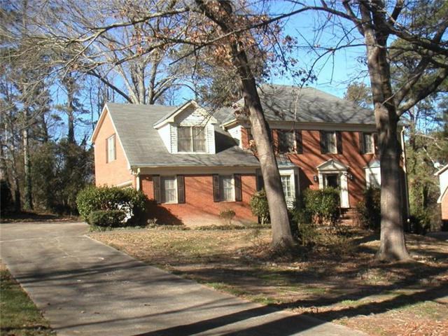 5057 Sumter Lane SW, Lilburn, GA 30047 (MLS #5956951) :: Carr Real Estate Experts