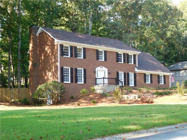 361 Willow Glenn Drive, Marietta, GA 30068 (MLS #5957935) :: North Atlanta Home Team