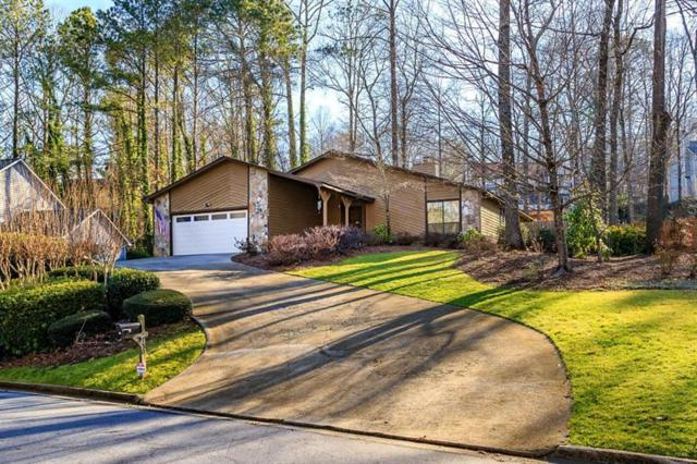 750 Lake Forest Pass, Roswell, GA 30076 (MLS #5961877) :: North Atlanta Home Team