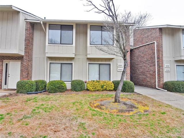 2060 Powers Ferry Trace SE, Marietta, GA 30067 (MLS #5964984) :: North Atlanta Home Team