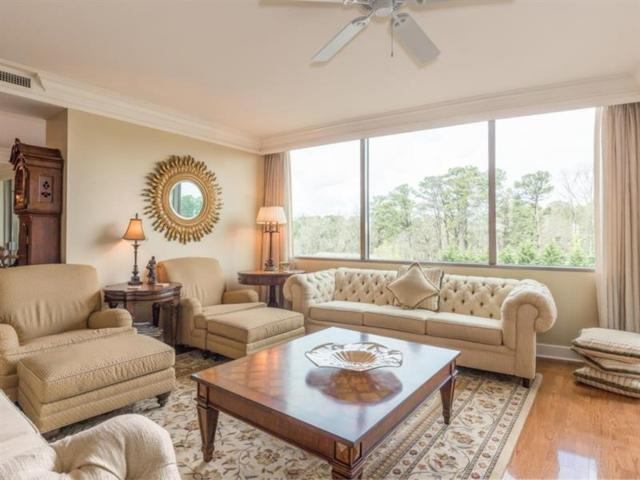 700 Park Regency Place NE #801, Atlanta, GA 30326 (MLS #5970826) :: RCM Brokers