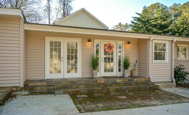 2248 Drew Valley Road NE, Brookhaven, GA 30319 (MLS #5981008) :: North Atlanta Home Team