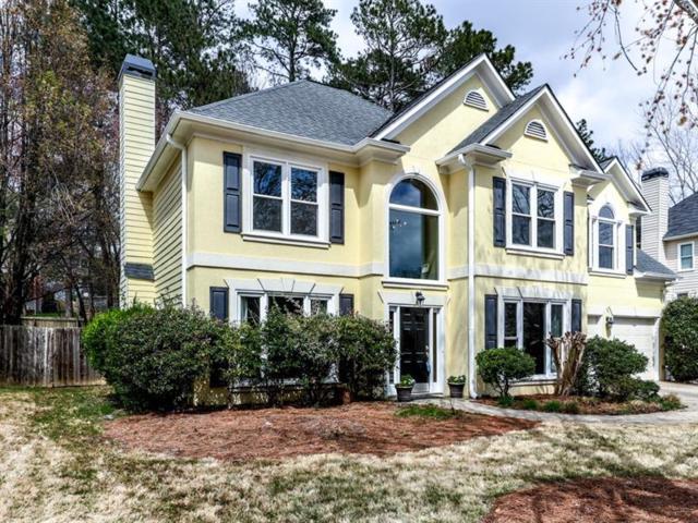 1013 Deer Hollow Drive, Woodstock, GA 30189 (MLS #5983265) :: North Atlanta Home Team