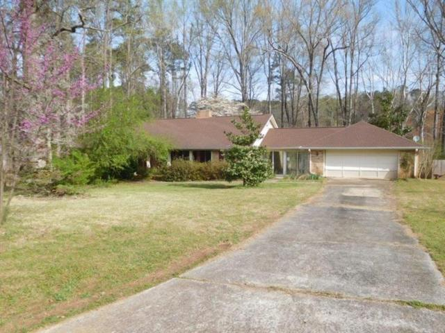 3330 Hickory Crest Drive NW, Marietta, GA 30064 (MLS #5986329) :: Carr Real Estate Experts