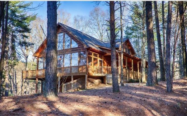 126 Misty Oaks Court, Ellijay, GA 30536 (MLS #5992744) :: Carr Real Estate Experts
