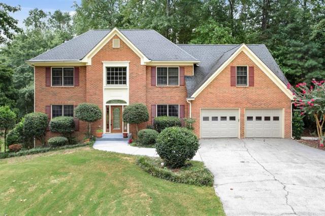 3301 Haddon Hall Drive, Buford, GA 30519 (MLS #5992756) :: Carr Real Estate Experts