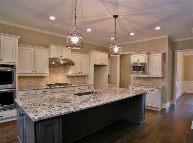 8056 Sleepy Lagoon Way, Flowery Branch, GA 30542 (MLS #5999673) :: Carr Real Estate Experts
