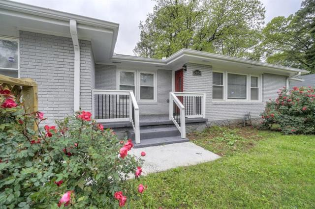 2951 Glenwood Avenue, Atlanta, GA 30317 (MLS #6001678) :: The Bolt Group