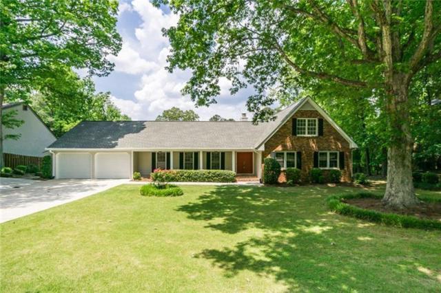 3353 Turtle Lake Club Drive SE, Marietta, GA 30067 (MLS #6010646) :: Willingham Group