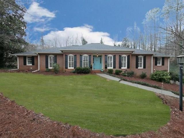 1870 Ridgefield Drive, Roswell, GA 30075 (MLS #6011289) :: The Russell Group