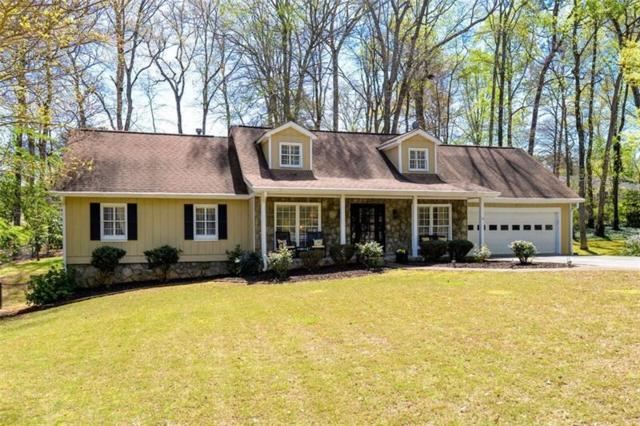 321 Willow Glenn Court, Marietta, GA 30068 (MLS #6012939) :: The Hinsons - Mike Hinson & Harriet Hinson