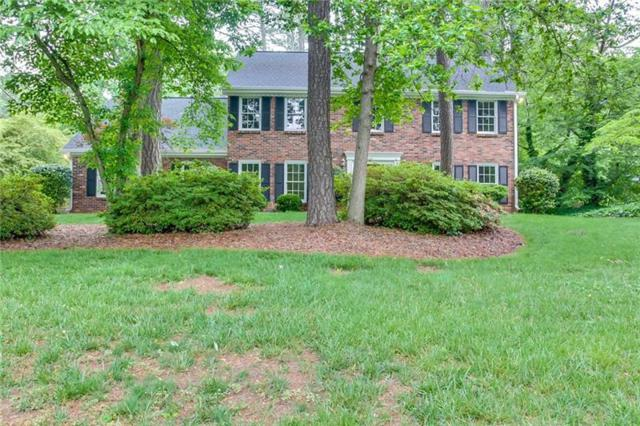 1441 Logan Circle, Marietta, GA 30062 (MLS #6013623) :: Rock River Realty