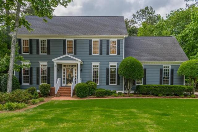 913 Hawkhorn Court, Alpharetta, GA 30005 (MLS #6013973) :: The Zac Team @ RE/MAX Metro Atlanta
