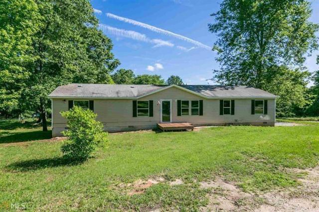 1070 River Woods Drive, Madison, GA 30650 (MLS #6015870) :: The Russell Group