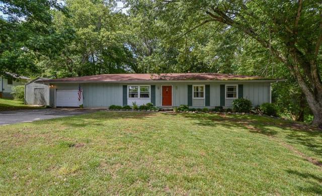 105 Woodglen Drive, Woodstock, GA 30188 (MLS #6015974) :: North Atlanta Home Team
