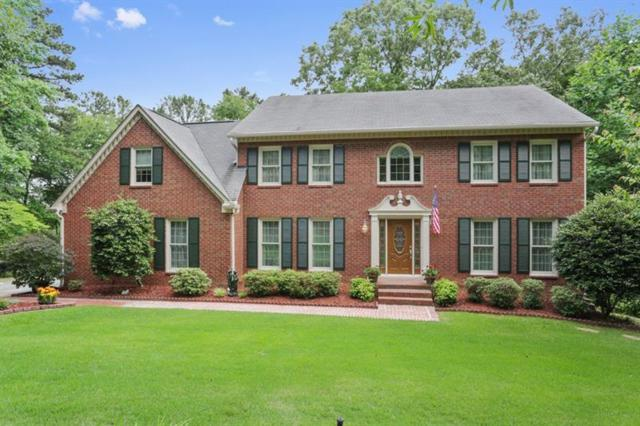 1912 Woodmont Court, Marietta, GA 30062 (MLS #6016134) :: The Bolt Group
