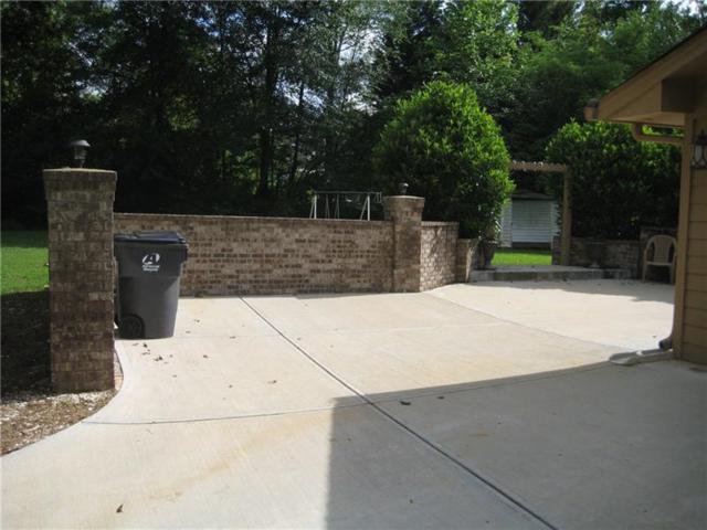479 Creek View Drive, Lawrenceville, GA 30044 (MLS #6016508) :: The Bolt Group