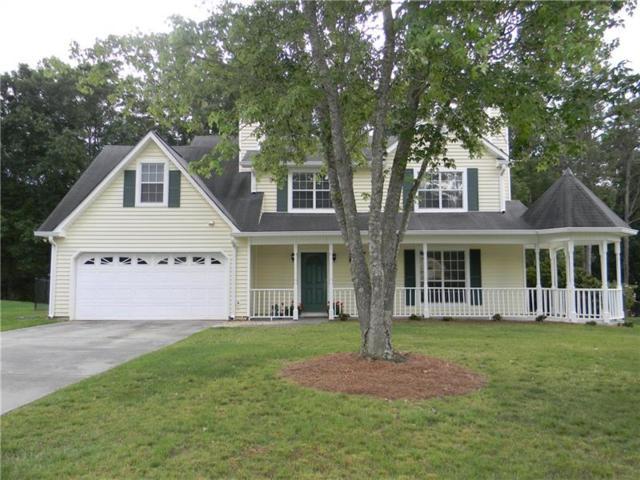2070 Emerald Drive, Loganville, GA 30052 (MLS #6017131) :: The Cowan Connection Team